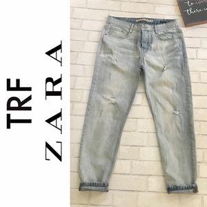 Zara TRF Jeans Distressed Boyfriend Light Blue
